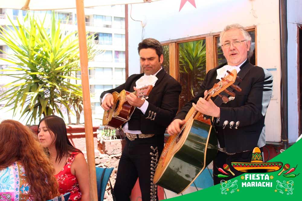 fiesta mariachi restaurantes 2